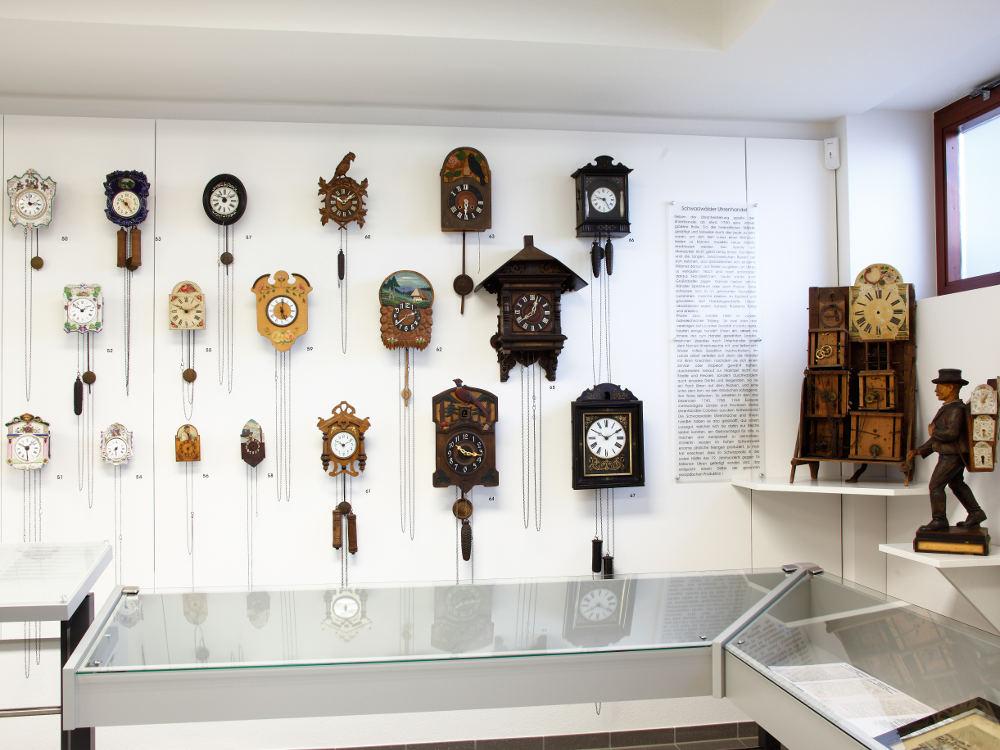 Deutsches Phonomuseum mit Uhrensammlung, St. Georgen, Kuckucksuhren