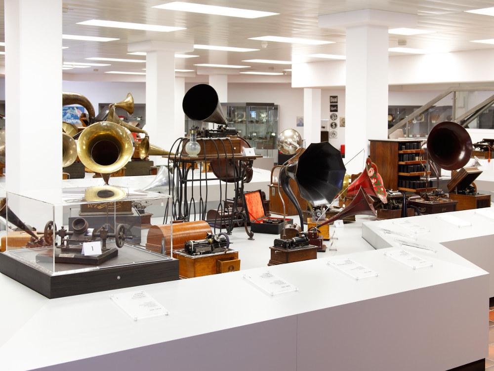 Deutsches Phonomuseum mit Uhrensammlung, St. Georgen, Grammophone