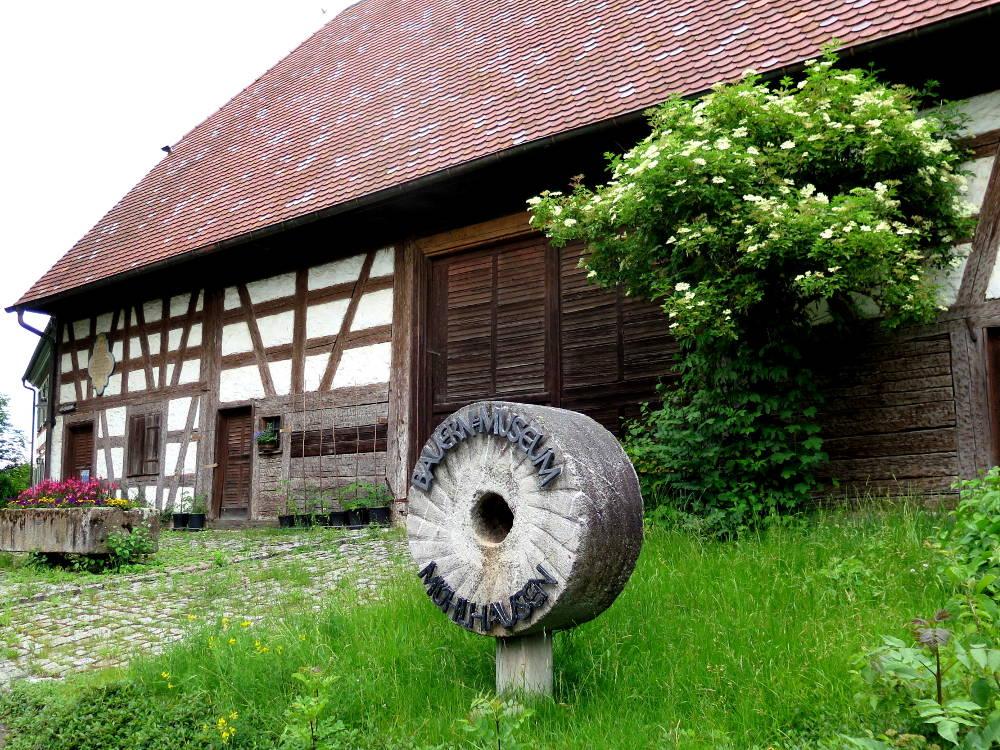 Bauernmuseum, VS-Mühlhausen, Mühle und Mahlstein